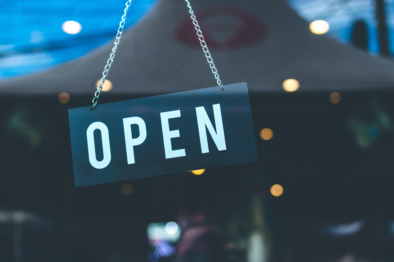 Apertura nuovo punto vendita: la luce perfetta per il cliente perfetto
